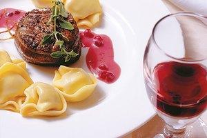 Käse Tortelloni mit Hirschmedaillon