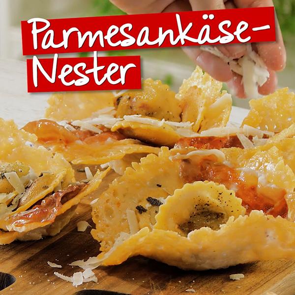 Parmesankaese-Nester mit Steinpilz Tortelli