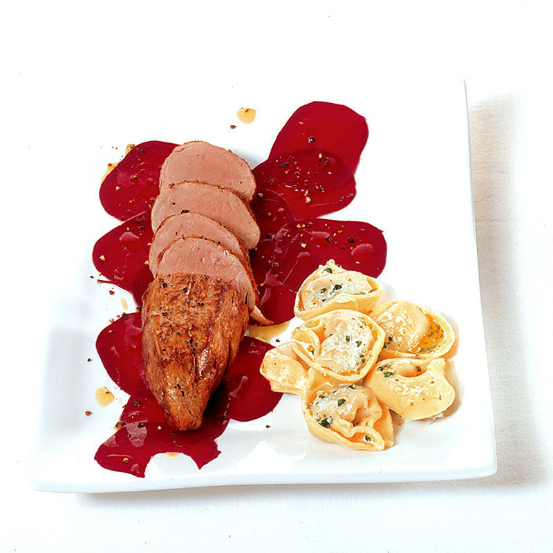 Filetto rosso – Schweinefilet an Rote Bete-Carpaccio