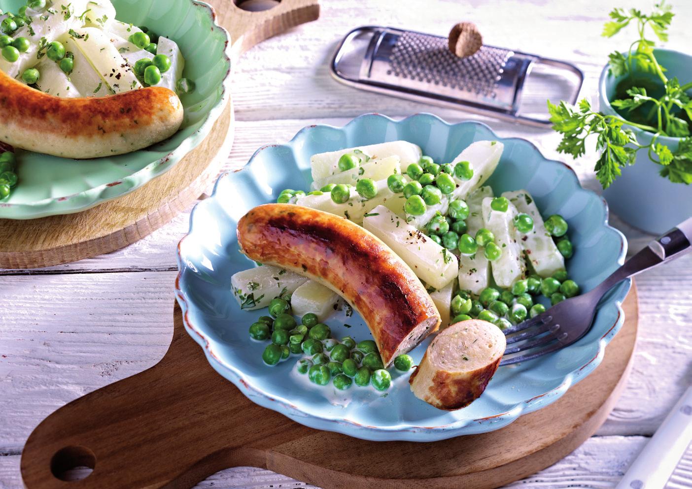 Kohlrabi-Erbsen-Gemüse zu Bergischer Bratwurst mit Kalbfleisch